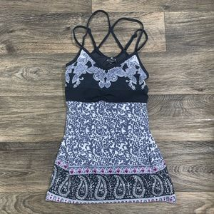 Athleta tank top with straps back and cute print!